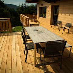 Holz Terrassendielen Remise Rustic style balcony, veranda & terrace