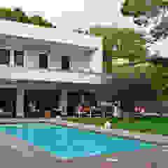 jjdelgado arquitectura Minimalist houses