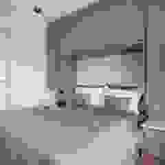 Spazhio Croce Interiores BedroomWardrobes & closets Wood Grey
