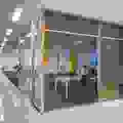 Spazhio Croce Interiores Ruang Studi/Kantor Gaya Kolonial Kaca Transparent