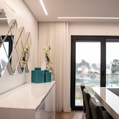 Plan-C Technologies Lda Modern dining room