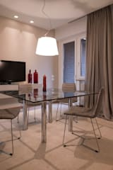 sala da pranzo: Sala da pranzo in stile in stile Moderno di desink.it