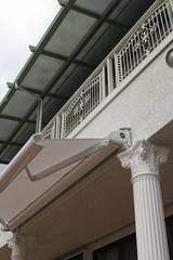 プロバンスの庭 2008: アーテック・にしかわ/アーテック一級建築士事務所が手掛けた庭です。