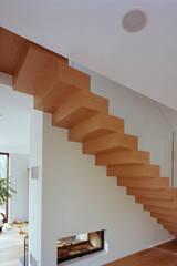 Aufleiter & Roy GmbHが手掛けた玄関・廊下・階段