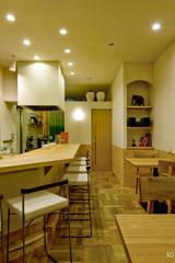内装 キッチン・食堂: アトリエきらら一級建築士事務所が手掛けたキッチンです。