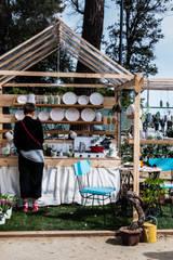 Fuoricomedentro: Giardino d'inverno in stile in stile Mediterraneo di Ramina Studio