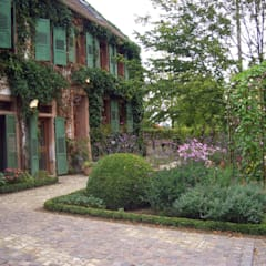 country Garden by Planungsbüro STEFAN LAPORT