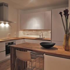 آشپزخانه by berlin homestaging