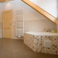 Bathroom by Fliesen Hiersemann, Mediterranean