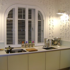 Shutters, drewniane okiennice wewnętrzne: styl , w kategorii Żaluzje zaprojektowany przez Gama Styl