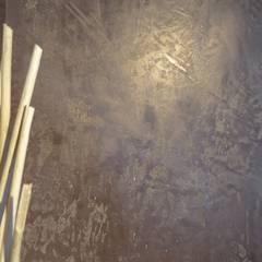 Designoberflächen Moderne Wände & Böden von Wände mit Charakter Modern