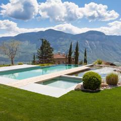 Moderne Pools:  Pool von MINNOVA BNS GmbH