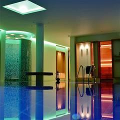 Schwimmbadwelten:  Spa von innenarchitektur-rathke,Klassisch