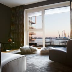 Maisonette Wohnung / Hafencity:  Wohnzimmer von Conni Kotte Interior