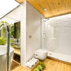 Bathroom by Egue y Seta