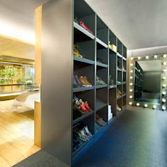 eclectic Dressing room by Egue y Seta