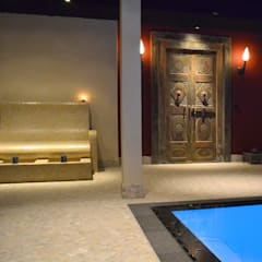 Orienteal spa:  Pool von RON Stappenbelt, Interiordesign