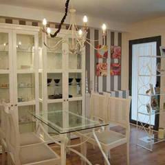 منازل صغيرة تنفيذ FrAncisco SilvÁn - Arquitectura de Interior, كلاسيكي