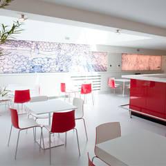 Unternehmensgebäude in Istanbul Moderne Geschäftsräume & Stores von IONDESIGN GmbH Modern
