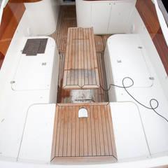 Yacht zum Verkauf - vorher:  Yachten & Jets von Münchner home staging Agentur GESCHKA,Klassisch