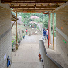 Montessori_Imagen 4: Escuelas de estilo  por Komoni Arquitectos