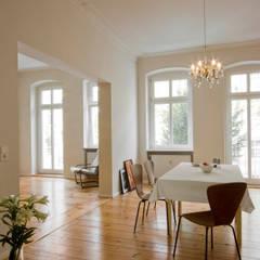 Comedores de estilo  por Nickel Architekten, Moderno