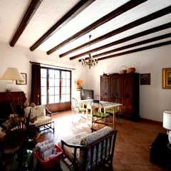 Villa Lago Maggiore - Italia: Soggiorno in stile  di Marco Barbero