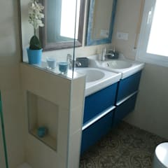 Eclectic style bathrooms by Dec&You Eclectic
