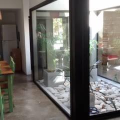 Casa en Barrio San Andrés: Comedores de estilo  por CC|arquitectos