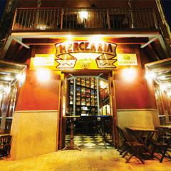 Bars & clubs by Mascarenhas Arquitetos Associados, Rustic