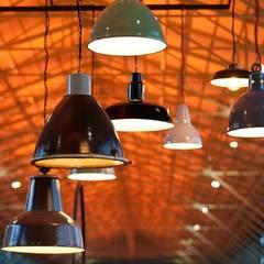 Schrannenhalle. Industriale Veranstaltungsorte von func. functional furniture Industrial
