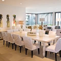 Comedores de estilo  por Renato Teles Arquitetura