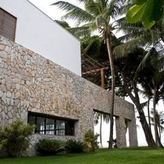 tropische Huizen door Renato Teles Arquitetura