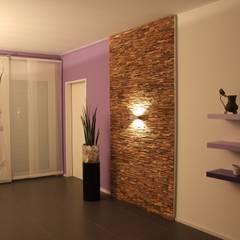 Wandverkleidung aus Holz:  Wohnzimmer von BS - Holzdesign,Modern