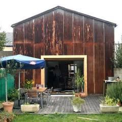 Houses by Allegre + Bonandrini architectes DPLG, Industrial