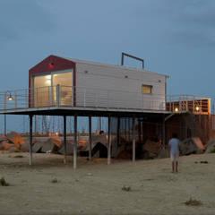 Casas de estilo mediterráneo de Studio Zero85 Mediterráneo