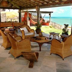 Terrazas de estilo  por Isnara Gurgel - Arquitetura + Interiores, Rural