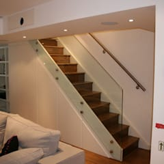 Notting Hill Apartment Eclectic style corridor, hallway & stairs by 4D Studio Architects and Interior Designers Eclectic