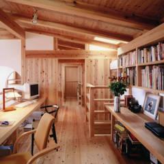 Media room by T設計室一級建築士事務所/tsekkei