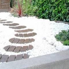 حديقة صخرية تنفيذ paisajistas y jardineros