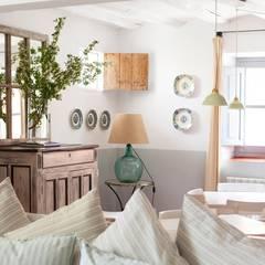 Phòng khách by Casa Josephine