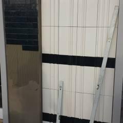 Wandverkleidung mit 3d VESELY! ceramics Ausgefallene Bürogebäude von VESELY Fassadenagentur Ausgefallen