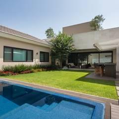 Pool by Rousseau Arquitectos
