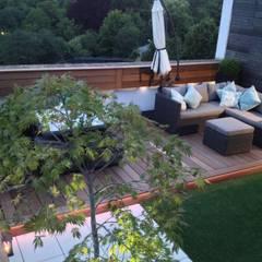 Roof terrace 3 de Paul Newman Landscapes Moderno