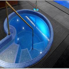 Health Spa Installation Modern gym by Leisurequip Limited Modern