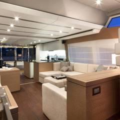 Yacht PRESTIGE 750: Yachts & Jets de style  par Prestige Yachts,