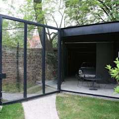 Canonbury Square: modern Garage/shed by IQ Glass UK
