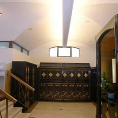 別棟内観その1: プライム建築設計が手掛けた会議・展示施設です。
