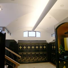 別棟内観その2: プライム建築設計が手掛けた会議・展示施設です。