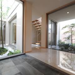 Koridor dan lorong by TERAJIMA ARCHITECTS